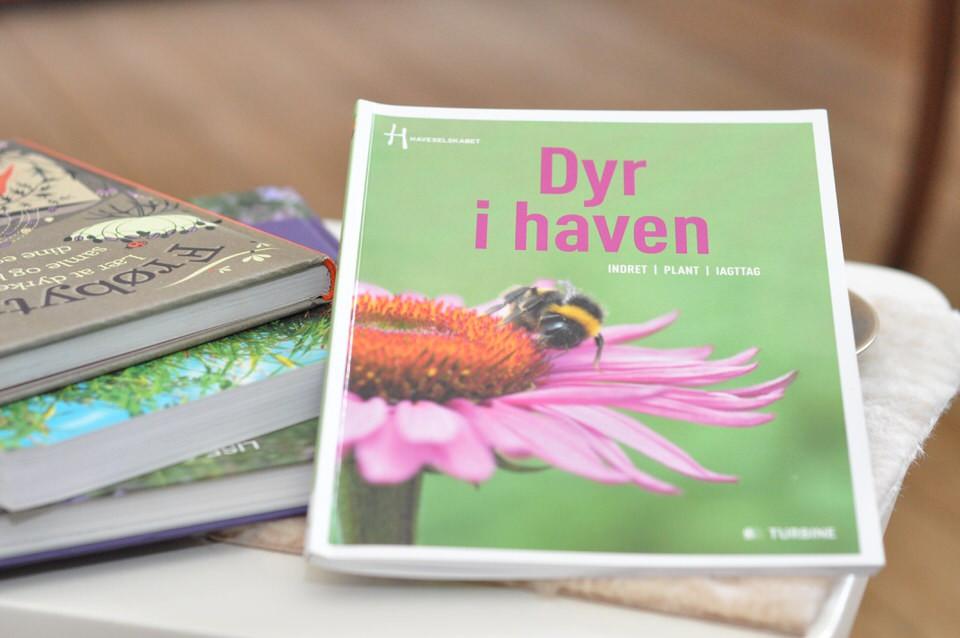 Bogen Dyr i haven