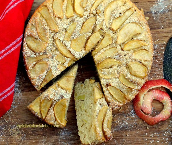 Italiensk æblekage med olivenolie