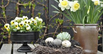Påskedekorationer til haven